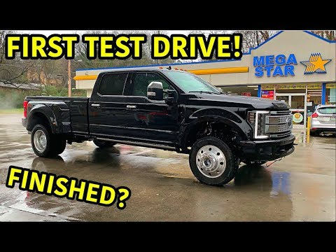 Rebuilding A Wrecked 2019 Ford F-450 Platinum Part 11