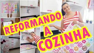 DECORANDO A COZINHA GASTANDO POUCO | PUXADORES PINTADOS | ADESIVO DE PAREDE | QUADRINHOS