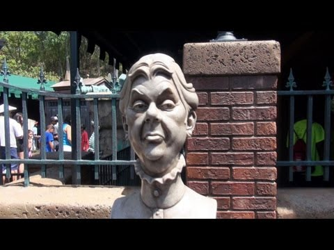 Disney's Haunted Mansion Interactive Musical Cemetery Queue Magic Kingdom Disney World Graveyard HD