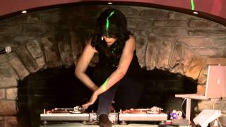 DJ COCOA CHANELLE TURNTABLE TRICKS
