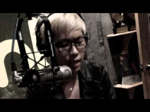 Jam 88.3 : Flying Ipis - Over and Over Again