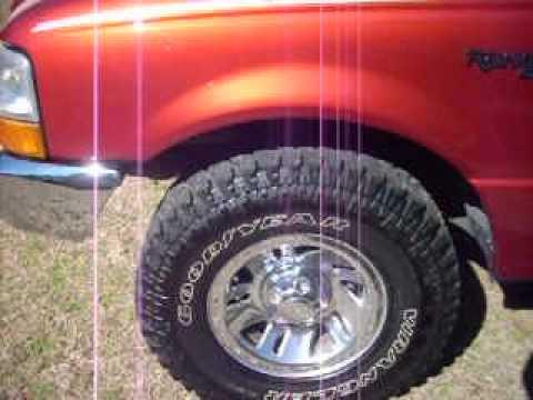 2002 mazda b4000 tire size