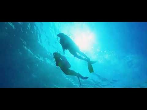 Marine Parodi - Le monde à part (Clip)