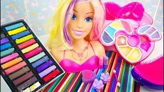 #Кукла Барби Девочка Играет с Детской Косметикой Много Игрушек Для детей