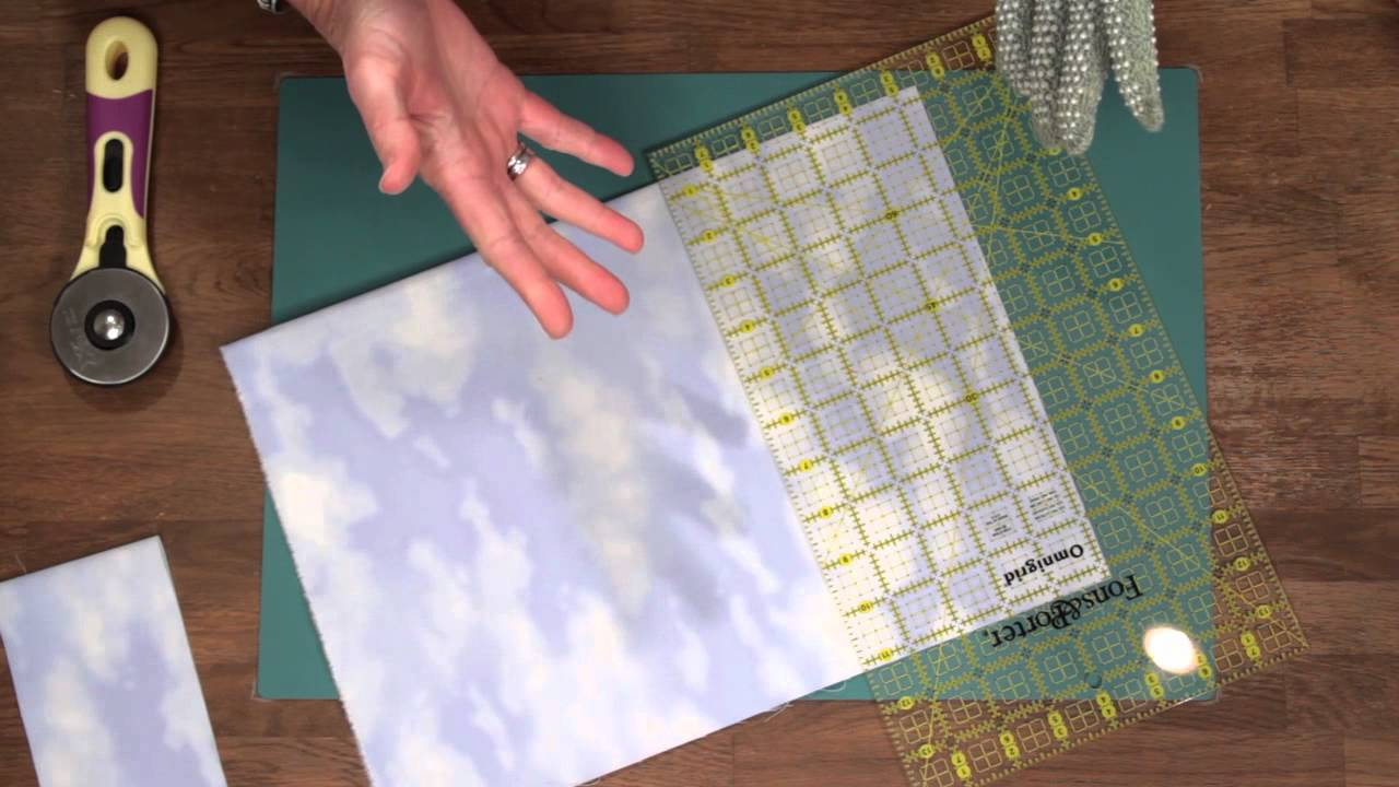 Quilty How To Cut Fabric Using A Rotary Cutter And Mat