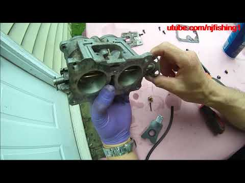 Johnson 90 hp - diy carburetor removing and cleaning (3 of 7)