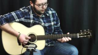 Acoustic Music Works Guitar Demo - Collings OM2HEss, Rosewood, Engelmann, Short Scale