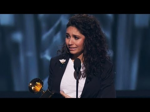 Alessia Cara SHOCKED After Winning Best New Artist At 2018 Grammys