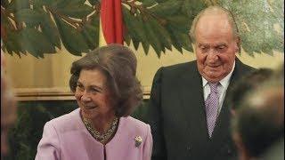 Don Juan Carlos y su maltrat0 a Doña Sofía