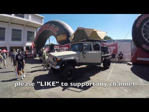 Jeep truck with a flatbed :Offroad Expo