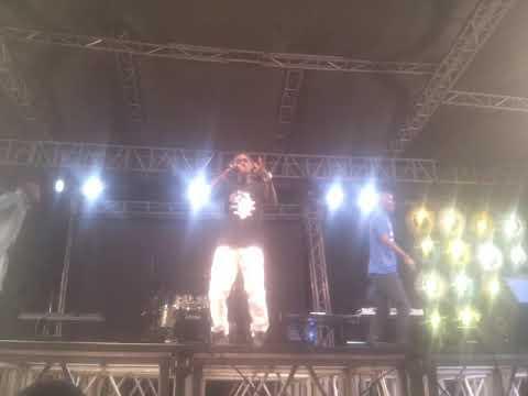 Zoro to hero Decipacto remix on stage kahama fiesta 2017
