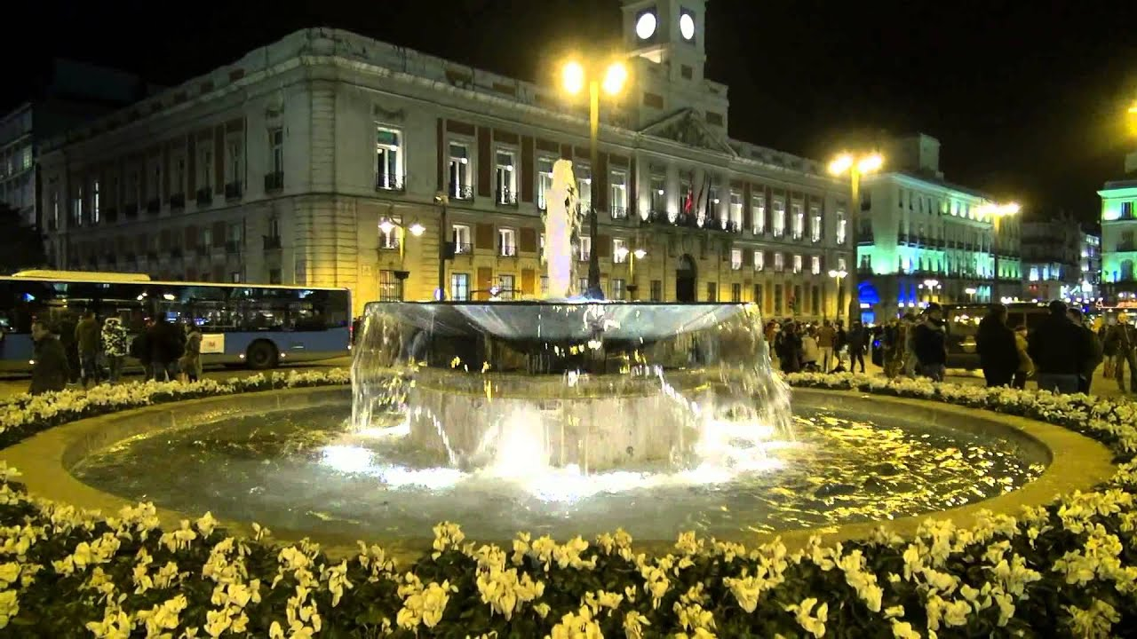 Puerta del sol madrid youtube for Que ver en sol madrid