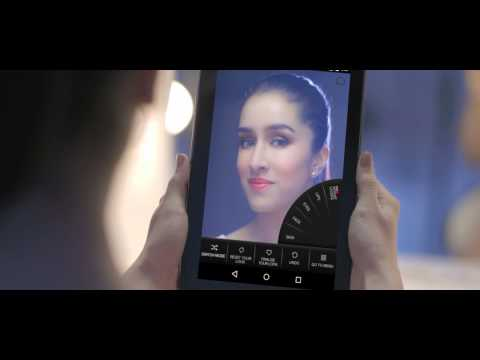Seventeen Events: Lakmé Beauty Show at  Fashion Week 2015 with Shraddha Kapoor