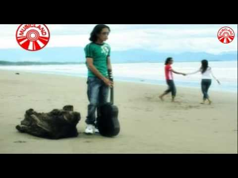Free Download Thomas Arya - Tangisan Tak Bersuara [official Music Video] Mp3 dan Mp4
