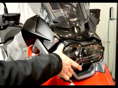 Fitting a headlight protector to the BMW R1200 GS