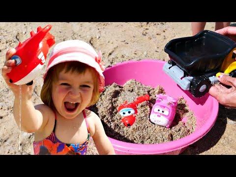 Бьянка, Супер крылья и Маша Капуки на пляже в Турции — Привет, Бьянка