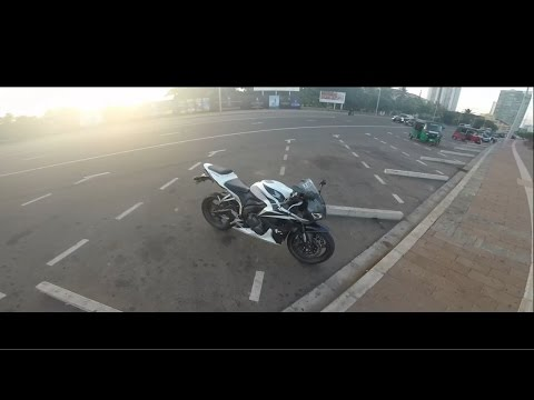 Ride to the Colombo City on a Honda CBR600RR in Sri Lanka