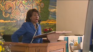 2018-01-14-05-34.Rep-Maxine-Waters-Reclaims-Her-Time-By-Skipping-Trump-SOTU-Address-
