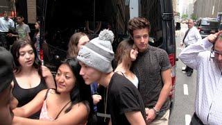 exclusive cameron dallas carter reynolds hayes grier arriving to there hotel nyc 07 14 14