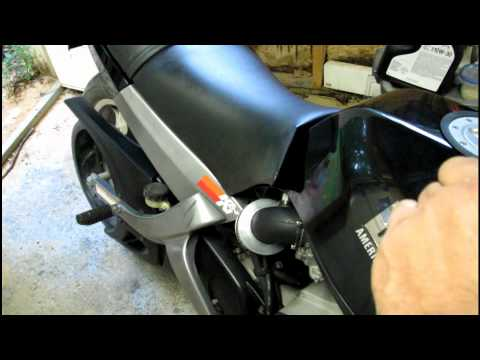 Buell Blast: 500CC Single Cylinder - YouTube