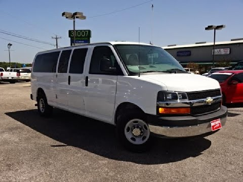 2015 Chevrolet Express 3500 Passenger Van Review