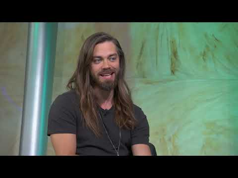 "Tom Payne on Jesus' TV Death on ""The Walking Dead"""