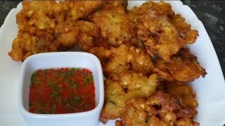 Courgette fritters with chilli dip/tori pakora by Delicious food recipes