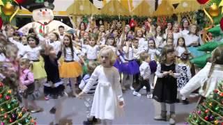 """Dečiji hor """" PICCOLO""""  Sremska Mitrovica  - MAGIČNI TRG -"""