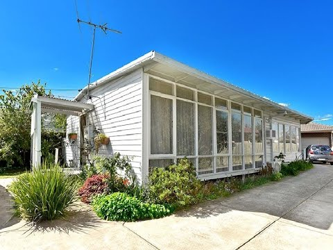 For Sale 68 Skewes Street, Avondale Heights - Chinese
