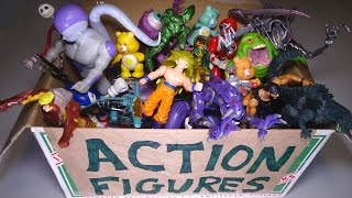 What s in the box Random action figures 5