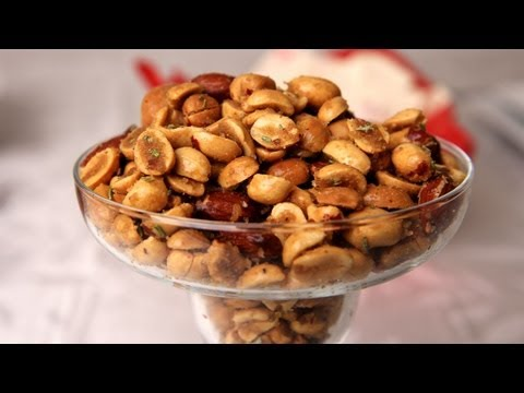 Holiday Spiced Nuts Laura Vitale Laura in the Kitchen Ep 257