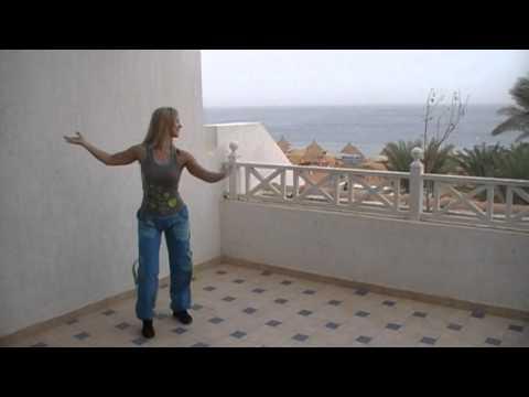 ZUMBA DANCE med Connie Yndal Cumbia