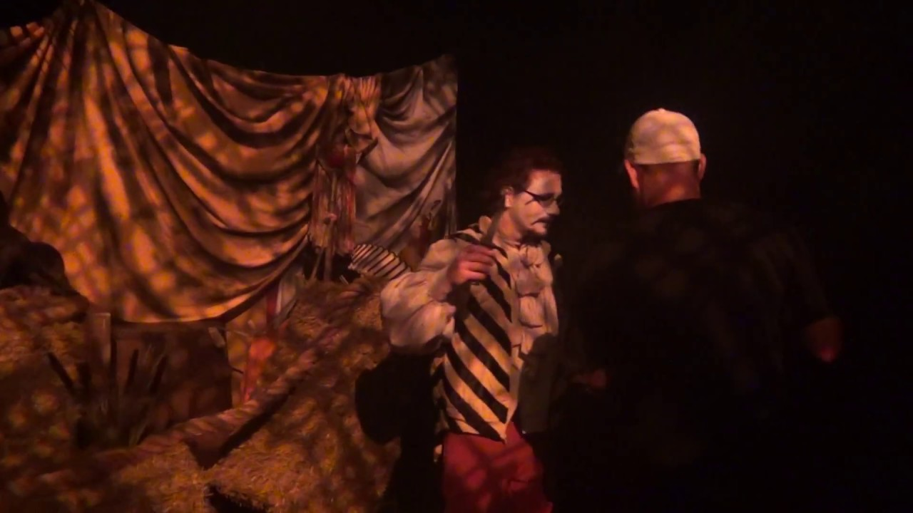 Howl O Scream Camp Carnie Scare Zone 2017 At Busch Gardens Youtube