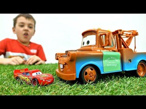 Игробой Глеб и Игры ТАЧКИ: МЭТР стал БОЛЬШИМ! Гонки на машинах #МАКВИН / Видео Для Детей