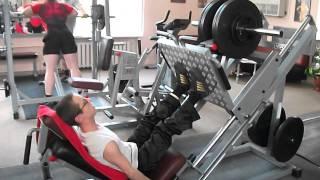 Как дрищ делает жим 200 кг!(, 2014-08-27T16:53:34.000Z)
