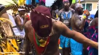 Lewis Hamilton disfruta del carnaval de Barbados