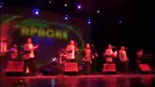 Tropicalisimo Apache en el Teatro Nazas 2014 - Loco