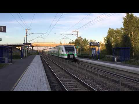[VR] Pendolino service nr. S113 Helsinki → Imatra passing Villähde station.