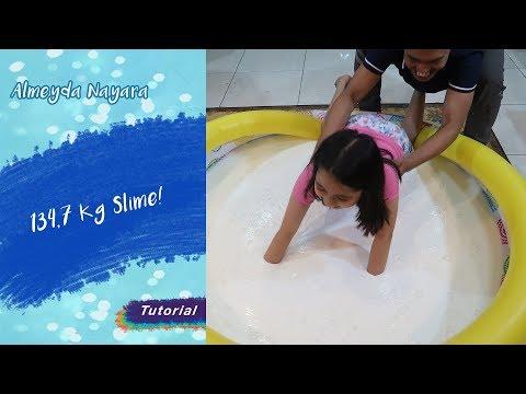 Hah?! Naya Berenang di Kolam yang Isinya 134,7 Kg Slime?!