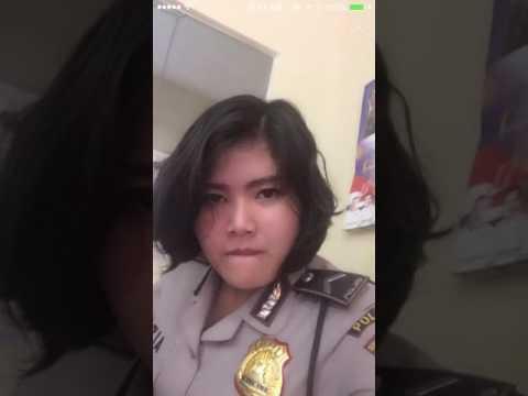 """Polwan Indonesia Main Bigo Live Saat """"Bertugas"""" thumbnail"""