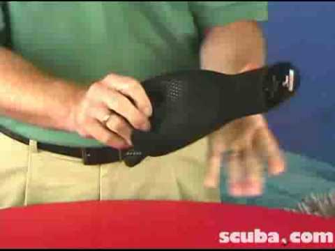 Henderson H2 Hyperstretch Scuba Gloves Video Review