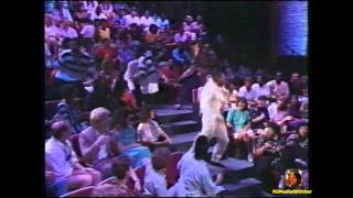 1989 MC Hammer - Turn This Mutha Out on Arsenio Hall (HD1080)