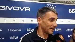 Juan Pablo Vojvoda, DT de Talleres habla con la prensa el viernes 22 de marzo