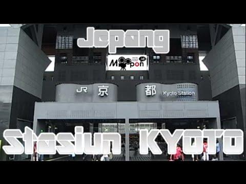 wisata-jepang:-pintu-masuk-modern-stasiun-kyoto-menuju-kota-kuno,-kyoto,-japan