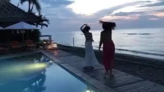 Танцы на океане! Бали!