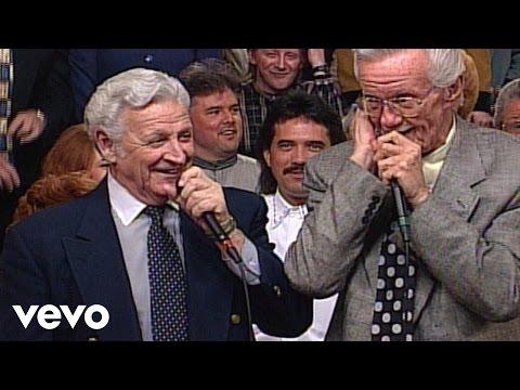 Bill & Gloria Gaither - I'm Winging My Way Back Home [Live] ft. J.D. Sumner, Rex Nelon