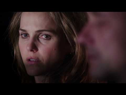 The Americans 1x01 - In the air tonight