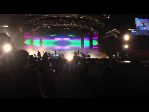 Maroon 5 Moves Like Jagger Formula One Singapore Grand P Youtube