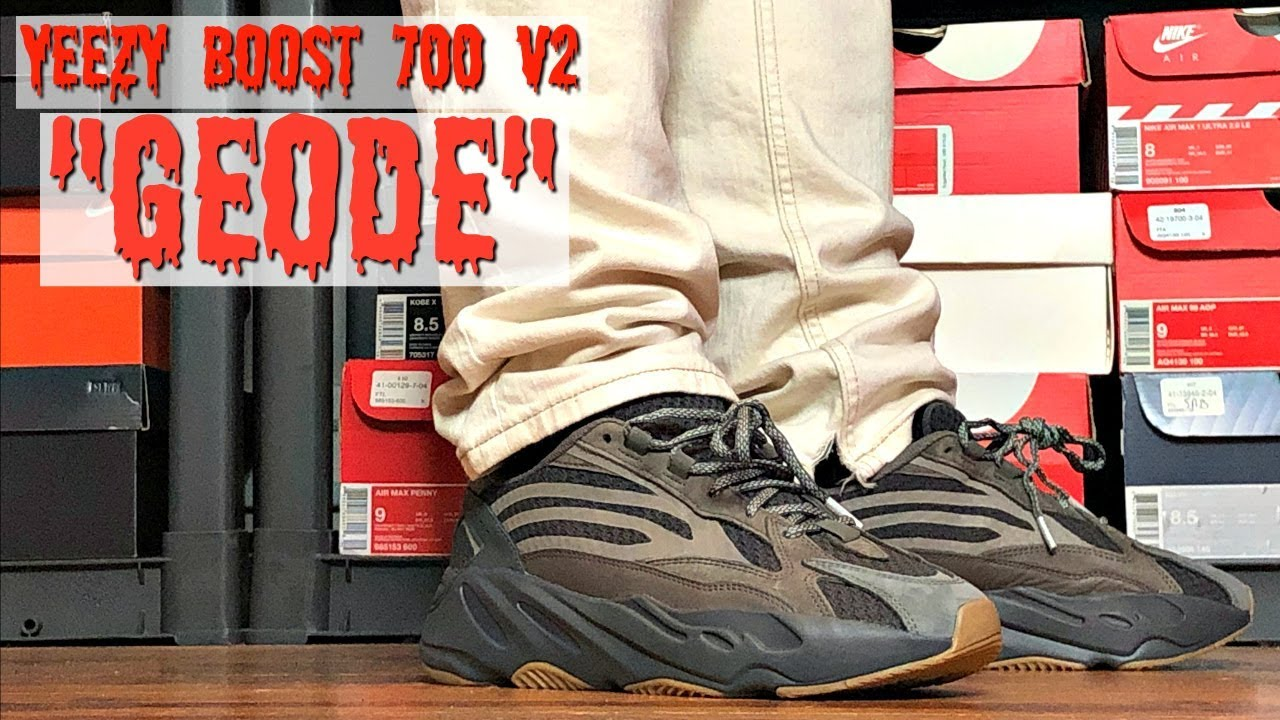8ae262ffd HONEST REVIEW OF THE ADIDAS YEEZY BOOST 700 V2