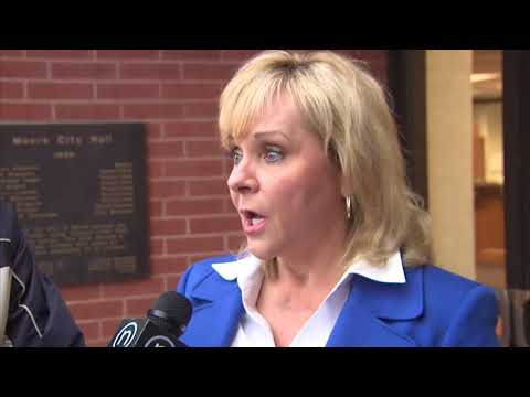 Gov. Mary Fallin Talks about Storm Recovery (2013-05-21)